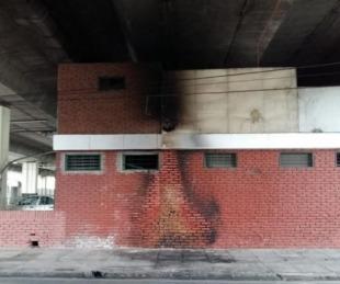 foto: Prendieron fuego a una persona que dormía en la calle