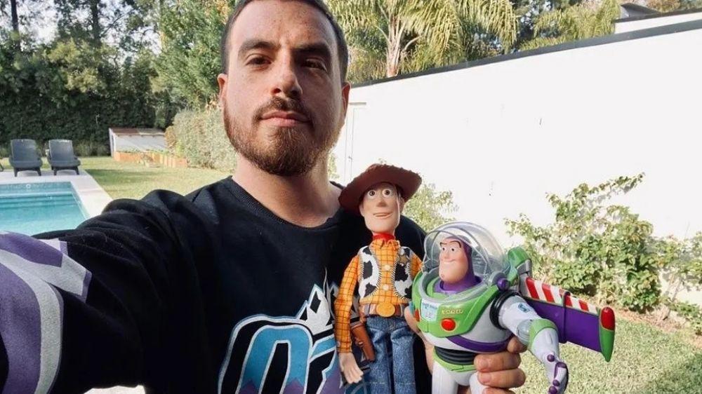 ¡Fede Bal conoció a Dieguito y le regaló sus juguetes!