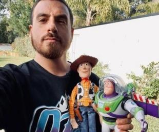 foto: ¡Fede Bal conoció a Dieguito y le regaló sus juguetes!