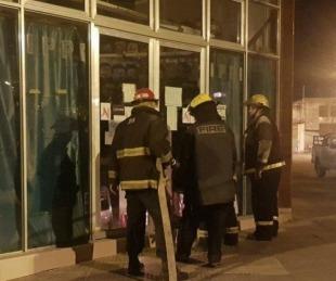 foto: ¿Rito Umbanda?: Hallaron una gallina quemada en un negocio