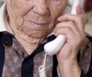 foto: Salud sigue asistiendo a los adultos mayores a través del Call Center