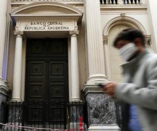 foto: No podrán comprar dólares los que cobren los $10 mil del IFE