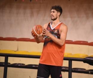 foto: Iván Basualdo se va a jugar a México pero volverá a San Martín
