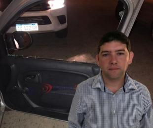foto: Motociclistas rompieron el vidrio del auto del concejal Nieves