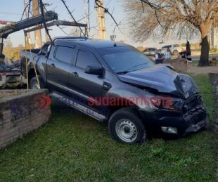 foto: Desgracia con suerte: camioneta se estrelló contra una vivienda