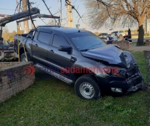 foto: Desgracia con suerte: camioneta se estrelló contra una camioneta