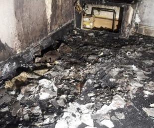 foto: Quiso pedirle matrimonio a su novia y quemó el departamento