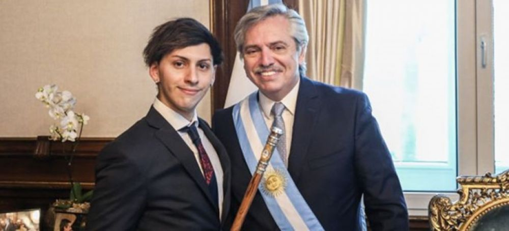 Las diferencias musicales de Alberto Fernández con su hijo