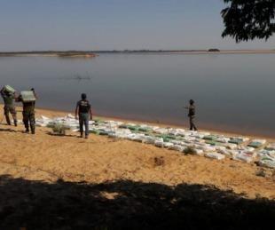 foto: Prefectura secuestró varios kilos de marihuana a orillas del Paraná