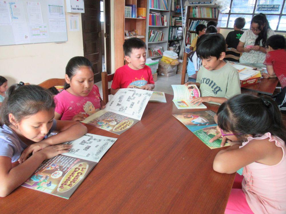 Colecta de libros y juguetes para los niños del hospital y los hogares