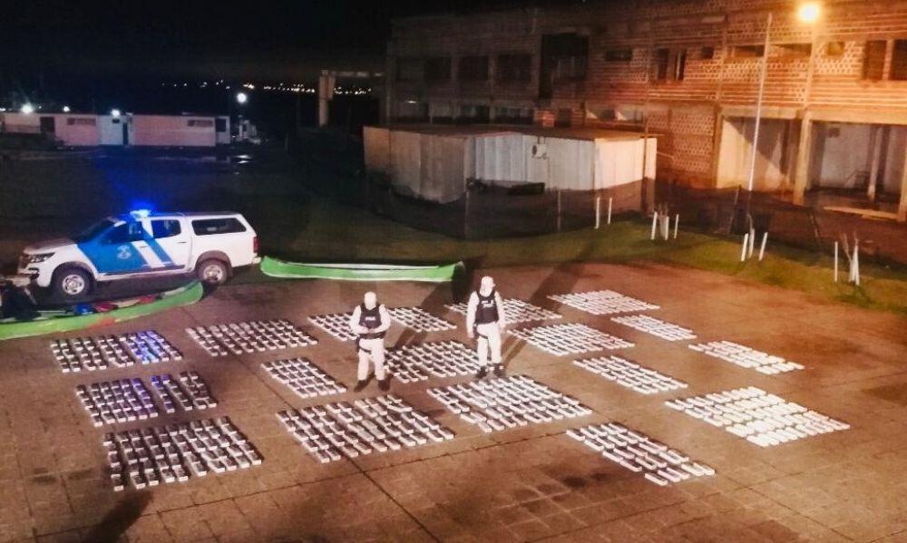 Prefectura incautó un millonario cargamento de cigarrillos ilegales