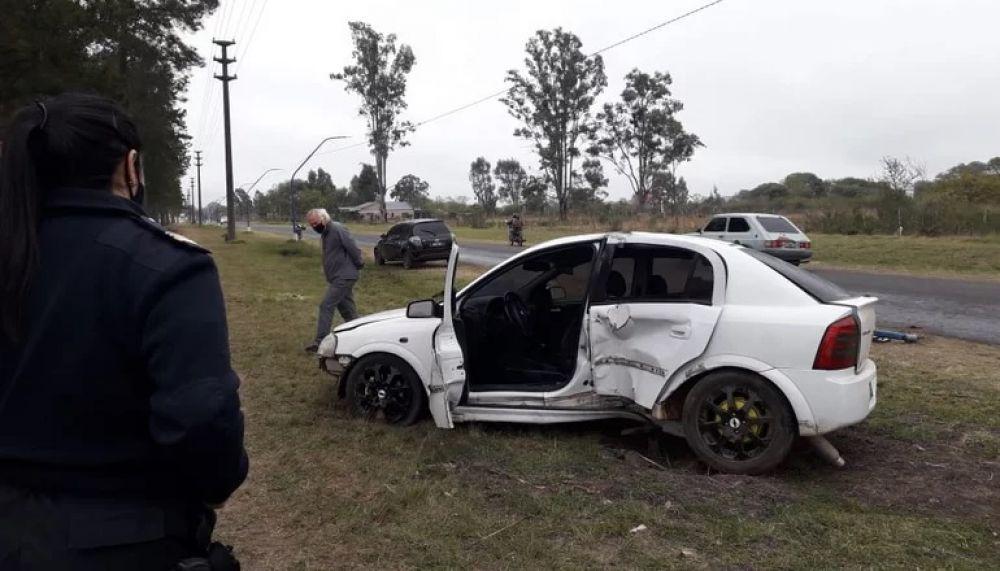 Mercedes: soldado estrelló su auto contra un poste de luz