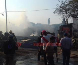 foto: Incendio en maderera: el dueño sospecha que pudo ser intencional