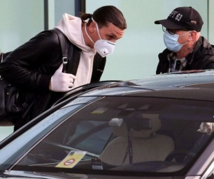 foto: Ibrahimovic dio positivo en COVID-19 horas antes de jugar con el Milan