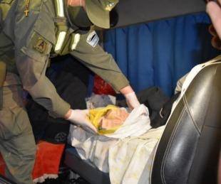 foto: Viajaban con $2.000.000 ocultos en la cabina de un semirremolque