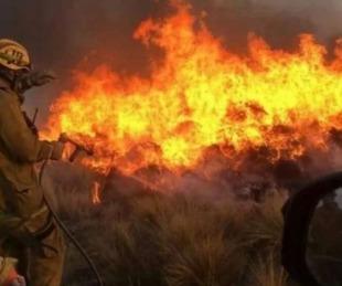 foto: Córdoba: piden que vecinos no se arriesguen en los incendios